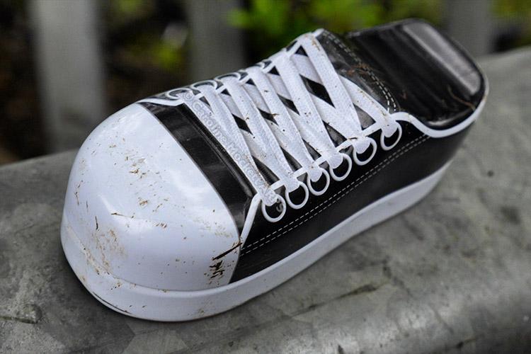 Sneaky Metal Sneaker
