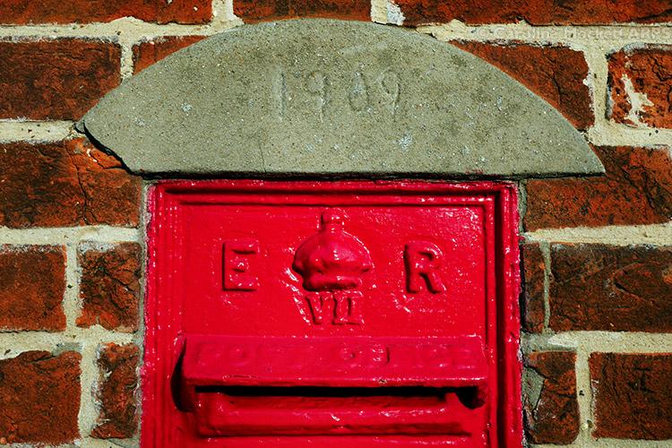 E VII R Postbox